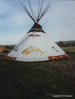 Teepee made by a French manufacturer James Rago and painted by Garik of Tipibohemia.