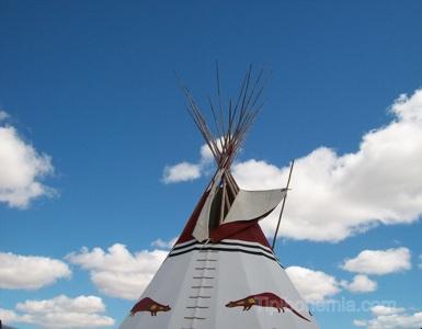 Smoke flaps, Blackfoot style