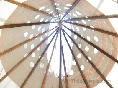 The knot formed by the poles, seen from inside. Blackfoot style teepee.